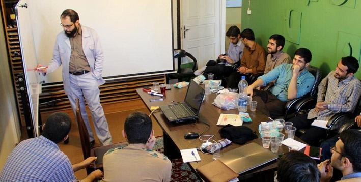 برگزاری دوره آموزشی خبرنگار کوله پشتی در مشهد مقدس